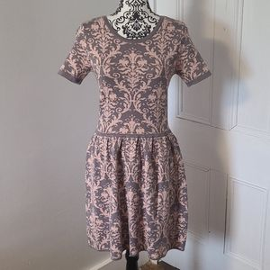 Romeo & Juliet Couture dress knit pink and grey